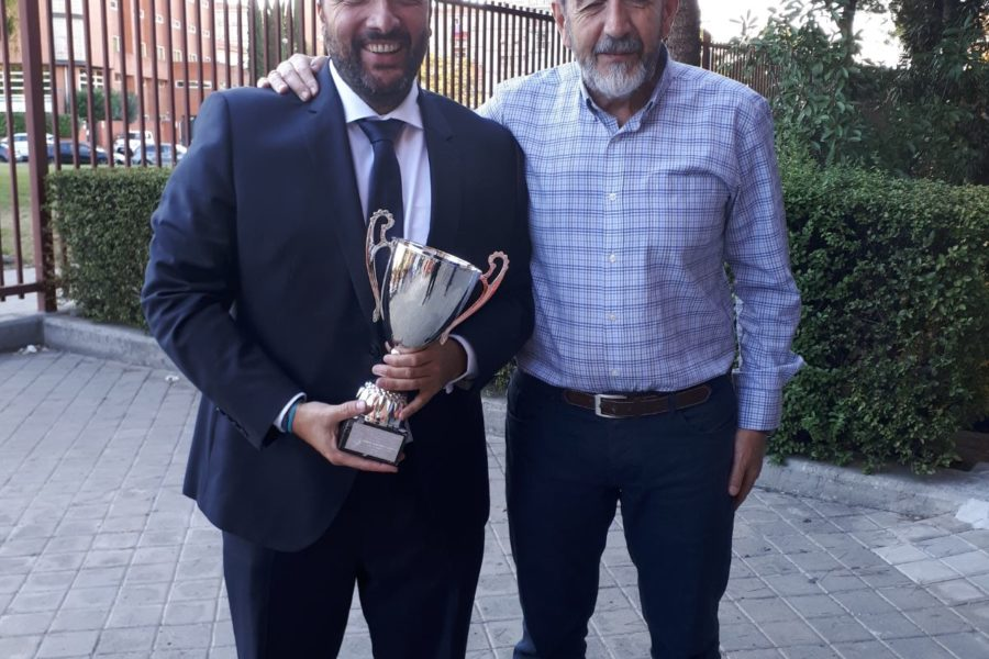 Reconocimiento a Jesús Maillo por su labor como entrenador
