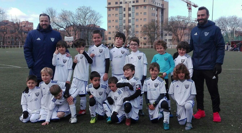 El Prebenjamín B deja su sello en la Madrid Youth Cup. Mikel López, nominado a mejor jugador