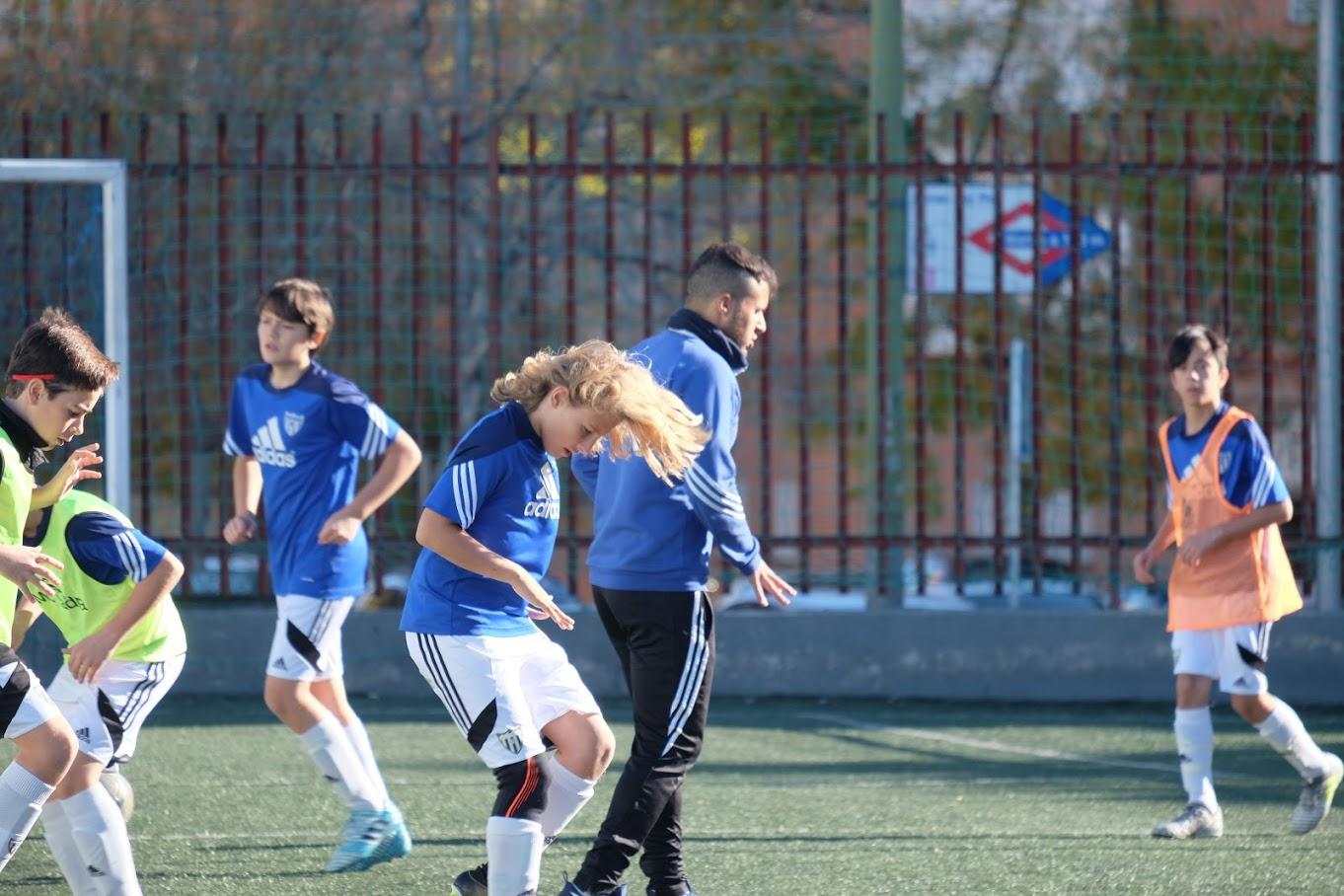 ¿Quieres jugar en el Club Deportivo Canillas?