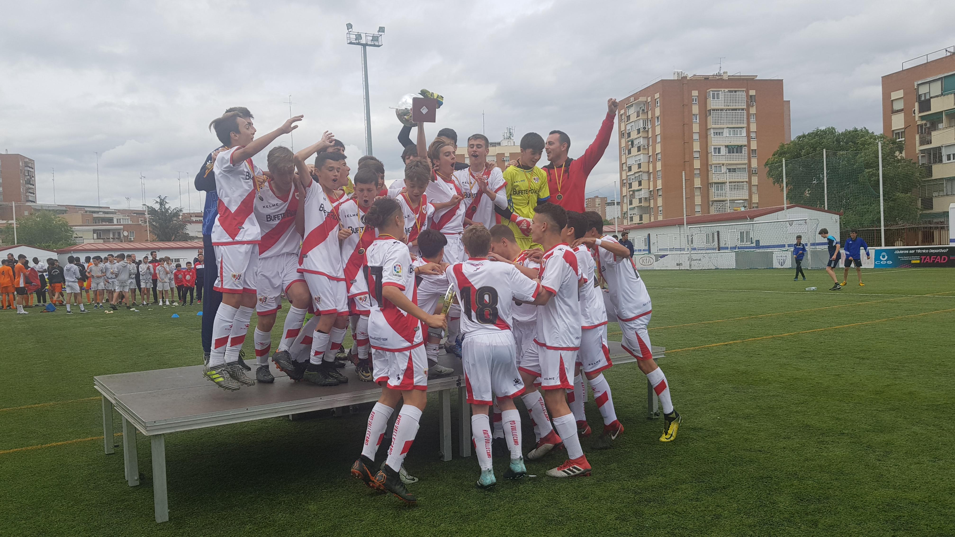 El Rayo Vallecano campeón del XVII Torneo Internacional Infantil
