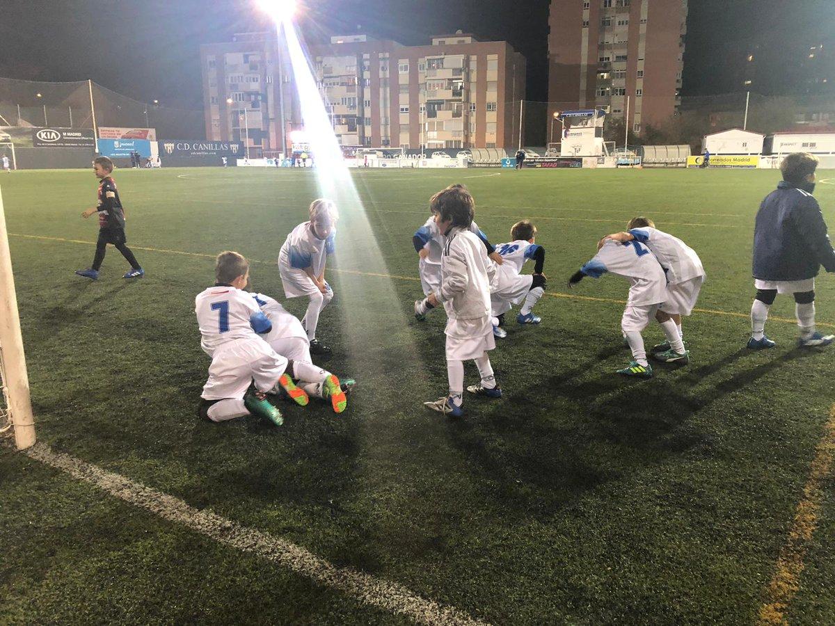 Fútbol bonito y de base